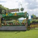 Caterpillar ride set up20150628
